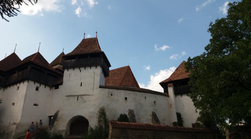 Biserica fortificată Viscri - România Nefiltrată